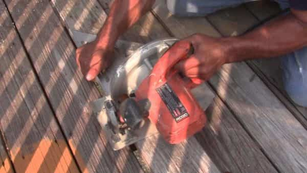 How to Replace a Deck Board